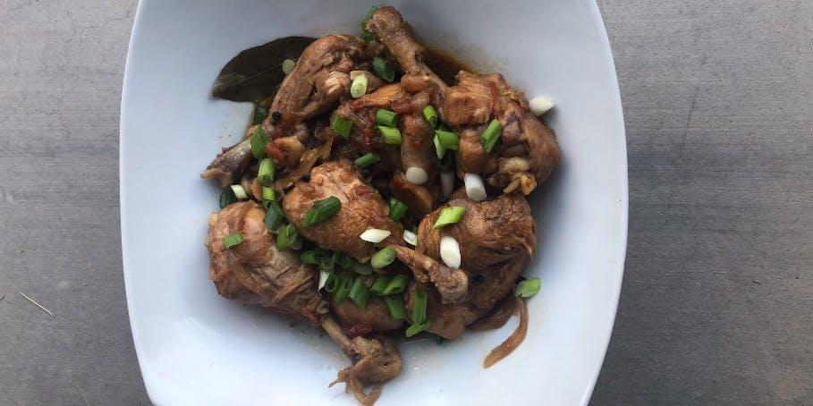 Taste The World: Chicken Adobo Recipe [Philippines] Featured Image
