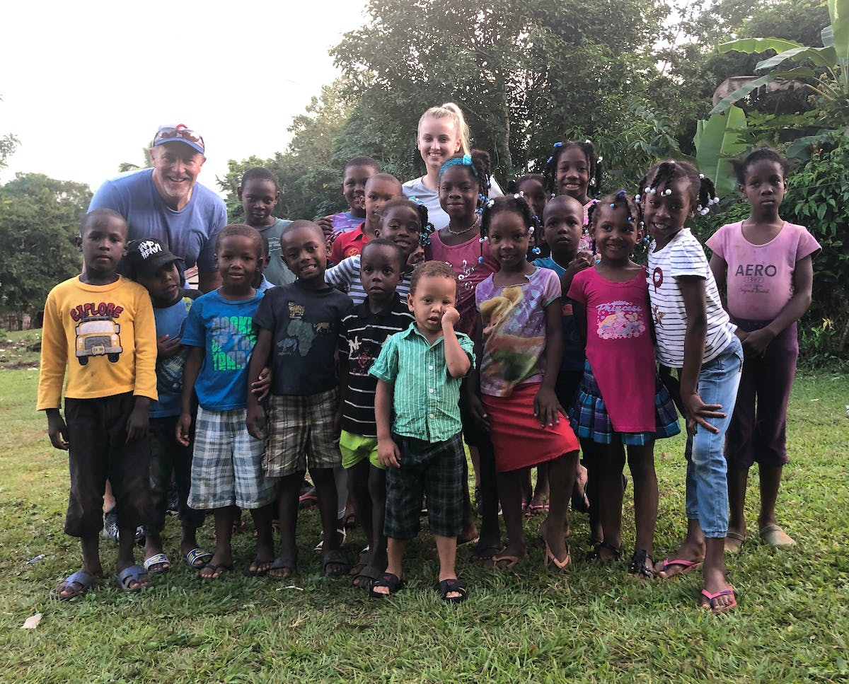 Steve Wille and his family visit the Dominican Republic with FH.