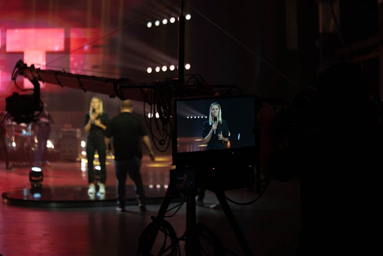 behind the scenes UNITE photo