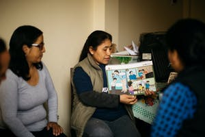 Cascade Group members in Peru share important messages with their neighbors.