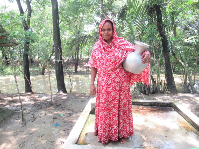 Instead of fetching unclean water from far away, Nargis Begum and her children can now access safe water in their own community for drinking, cleaning and, cooking.